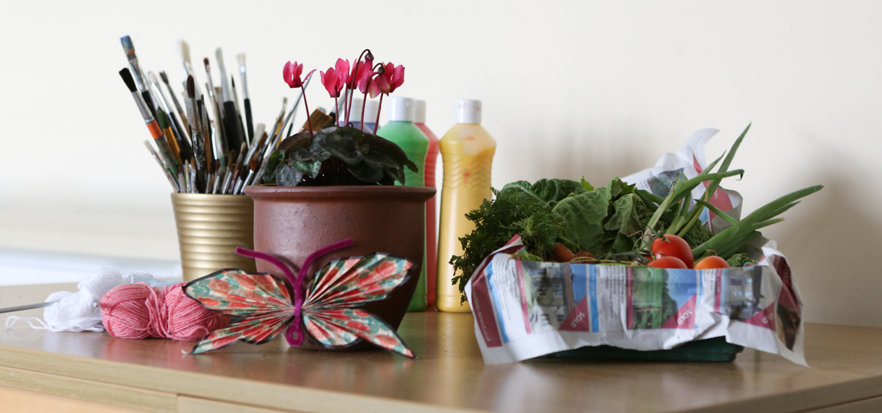 A collection of plants and painting equipment for creative activities
