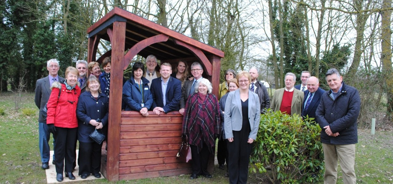 shelter with Lyndsay Carter and members of freemasons